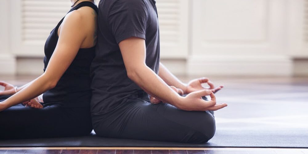 How can Couples Yoga Help to Recover Health of Men